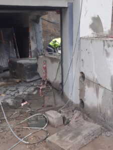 Cięcie konstrukcji żelbetonowej we Wrocławiu